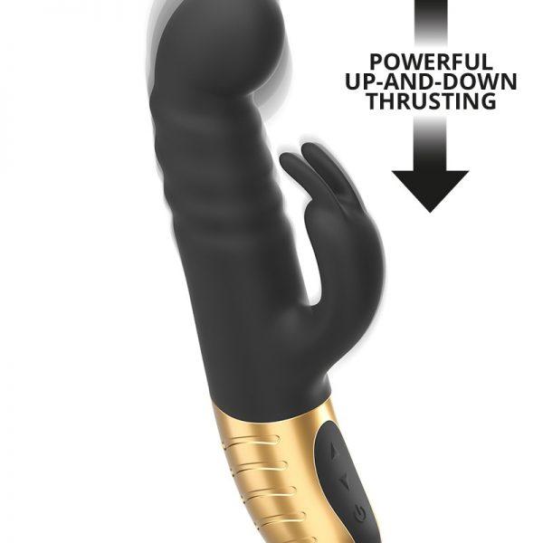de rabbit niet zoals de anderen. Dit product heeft een specifiek lineair motorontwerp dat je een ongelooflijke ervaring biedt met zijn 7 versnellingen op en neer bewegingen. De speciaal ontworpen gebogen vorm biedt een ultieme G-spot stimulatie en brengt je snel naar de zevende hemel! De clitorisstimulator heeft 10 vibraties. De naar binnen gebogen greep biedt een ergonomische handgreep.